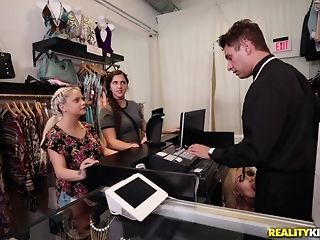 Naomi forest heads shopping be useful to the man meat of the right size porntube