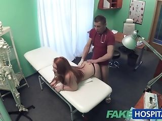 Faux dispensary doc smashes a patient from behind porn video