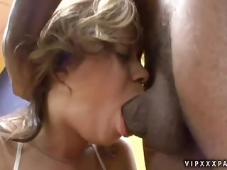Pulling brunette latino Chavon Taylor is making a perfect Blowjob